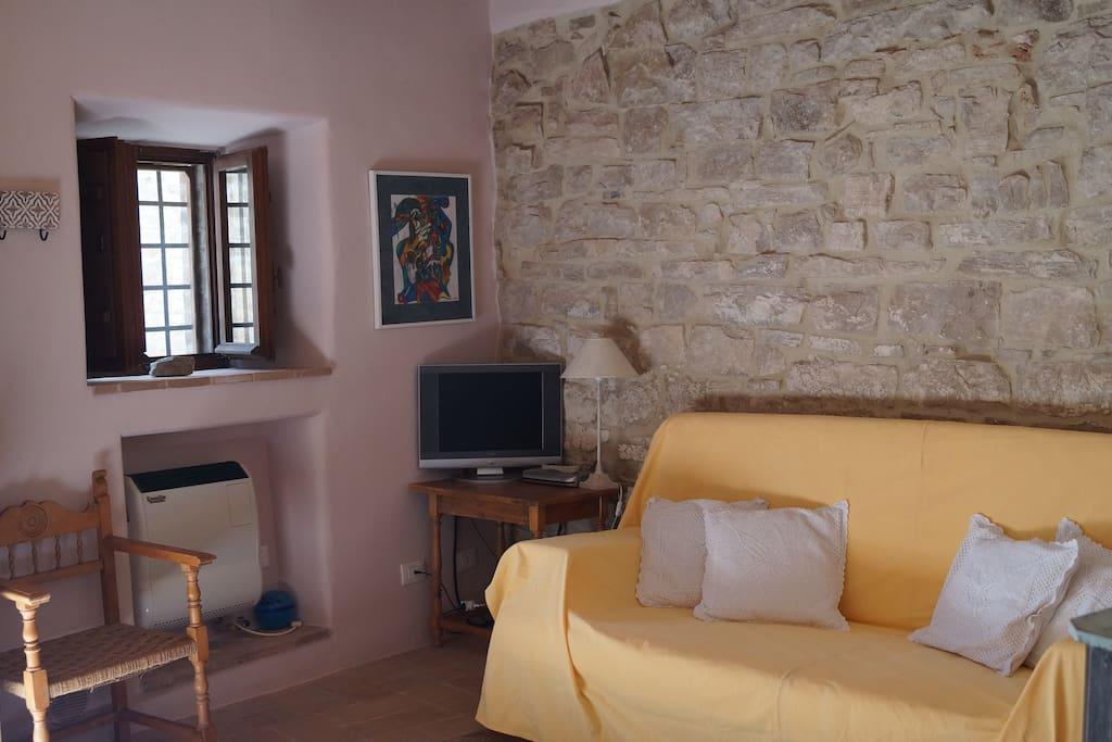 Appartamento in castello medievale todi pg for Piani camera a castello