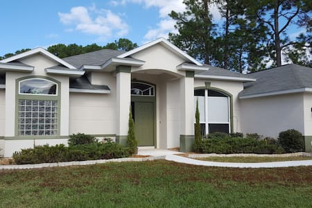 Pool Home Close to Never-Ending Attractions - Palm Coast - Hus