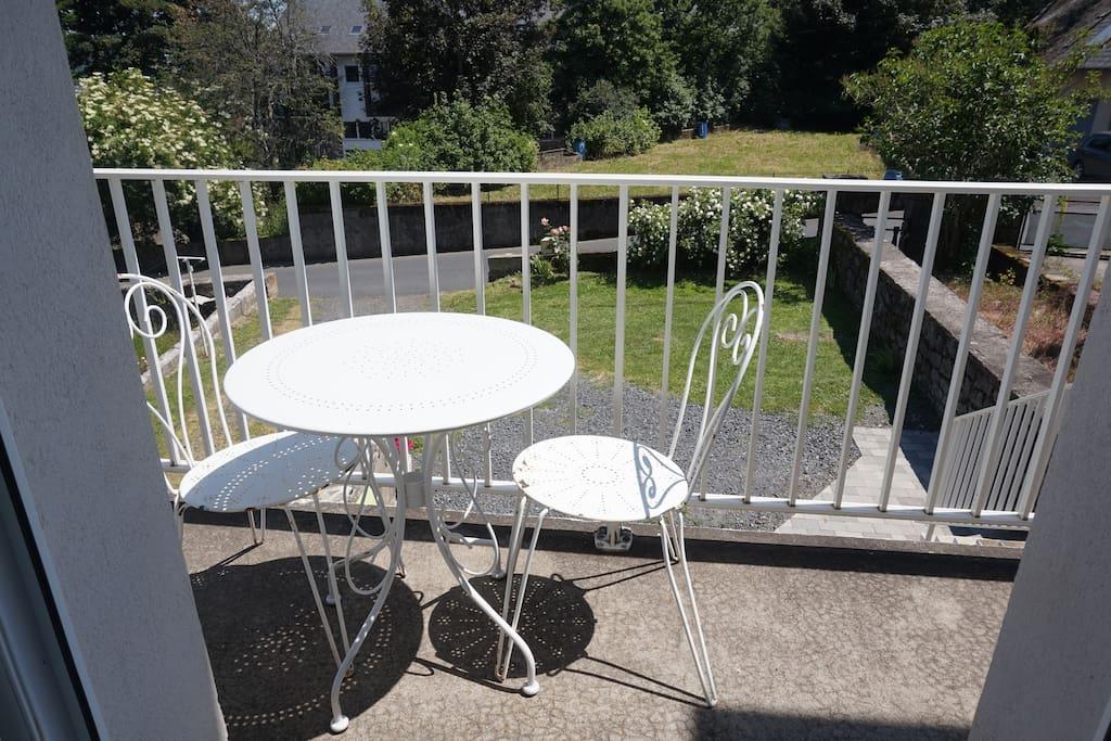 Balcon sur cuisine (1er niveau)