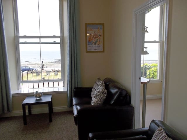 Roker Seafront Apartments Flat 2 - Sunderland - Appartement