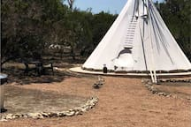 Gravel paths to all tipis