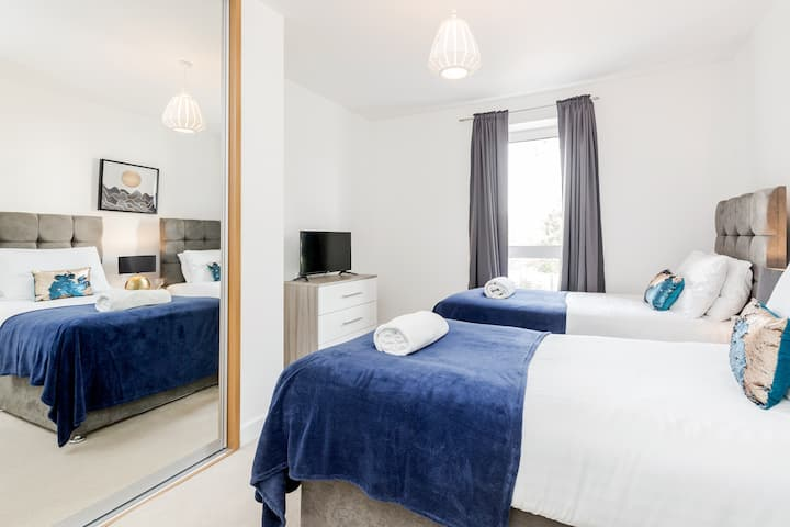 Modern*En-suite*Balcony⭐️Free Allocated parking⭐️