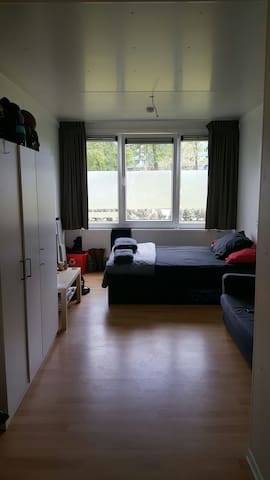 Container apartment in Zuid-Oost