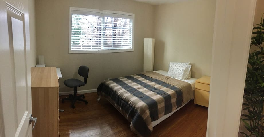 1-bedroom quiet abode in Livermore w/ Welcome Tour