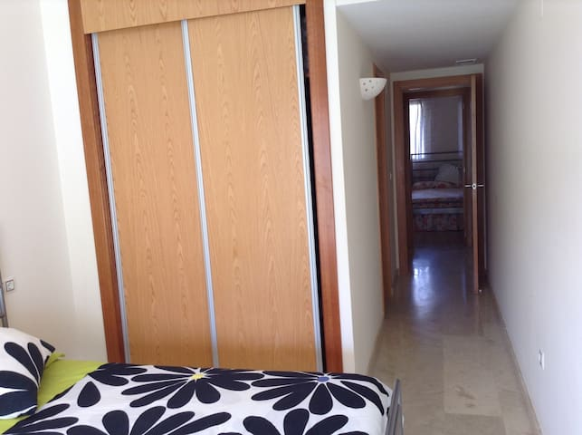 Apartment in front of the beach!!! - Denia - Appartement