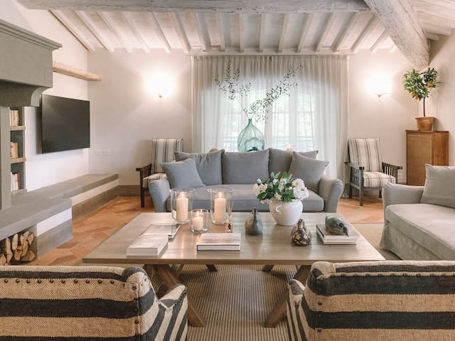 18th Century Luxury Home  in the heart of Tuscany