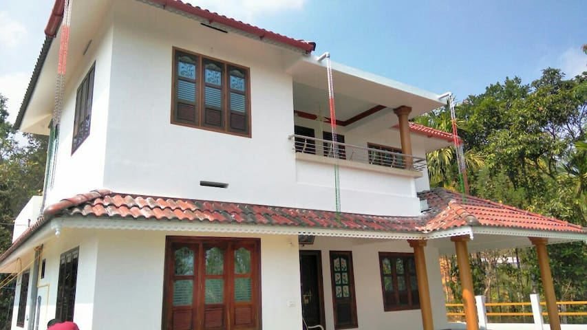 Banasura Hill valley home stay