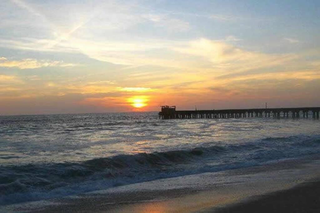 2 minutes by car.. Te Best sunset (a solo 2 minutos puede observar  el mejor Atardecer)