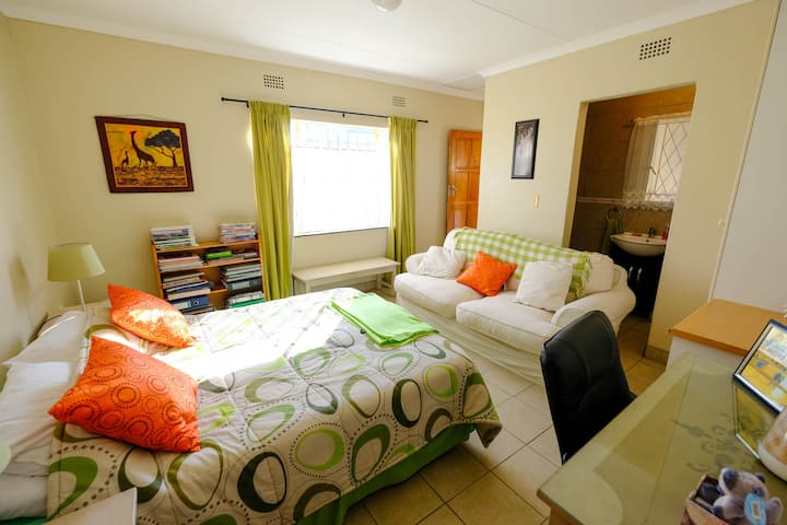 Ivy Dale Guest Suite