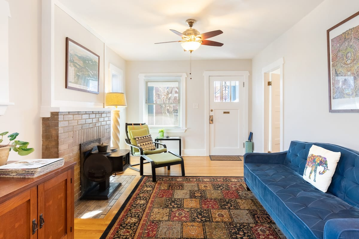 Sunny Cottage in the Historic and Trendy LoHi Neighborhood