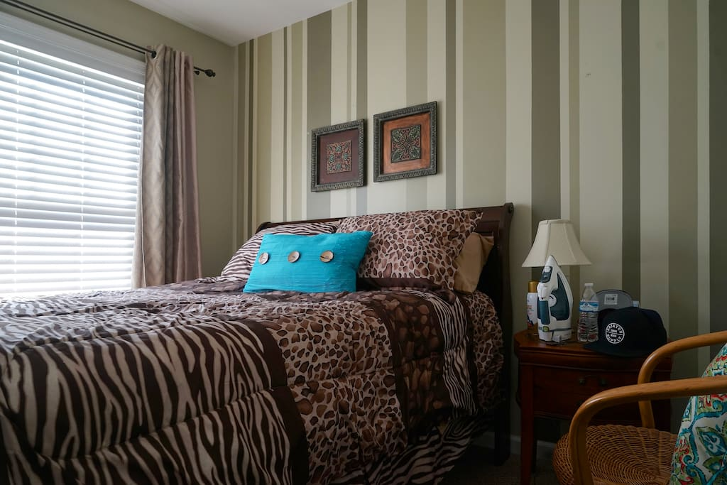 3 Bedroom Quiet Comfortable House Near Downtown Townhouses For Rent In Charlottesville