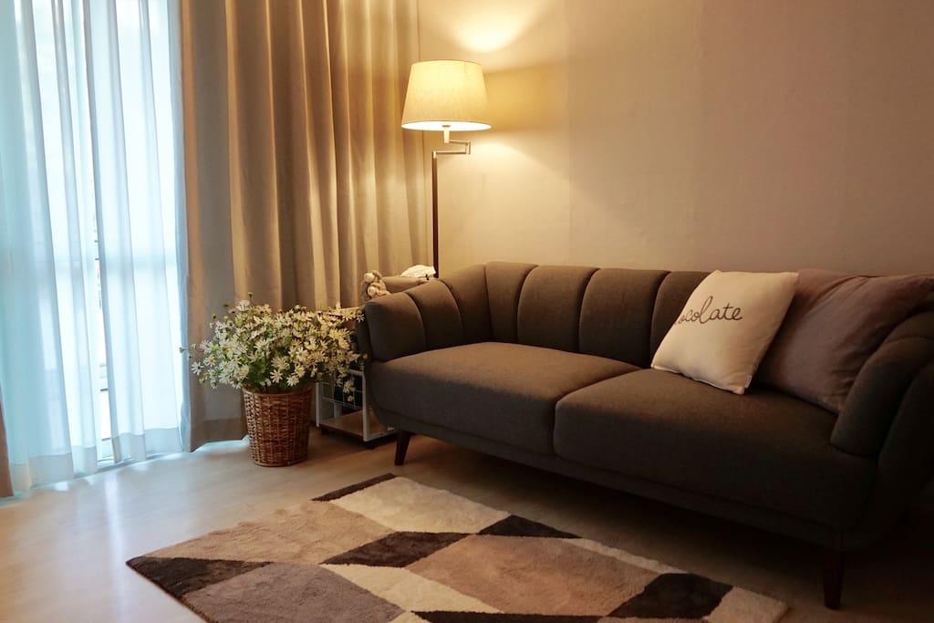 Living room & room 1