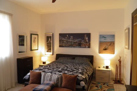 Fantastic double bedroom & ensuite toilet-shower! - Sliema - Apartment