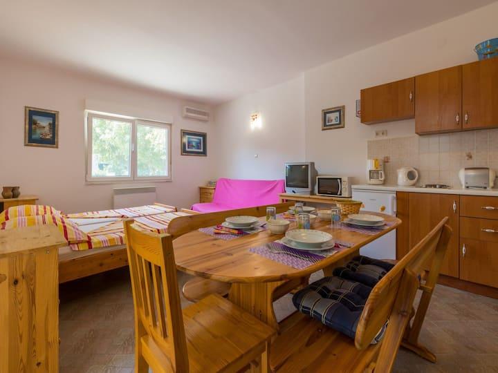 Appartamento Studio, a Jadranovo (Crikvenica), Piscina all'aperto, Il terrazzo