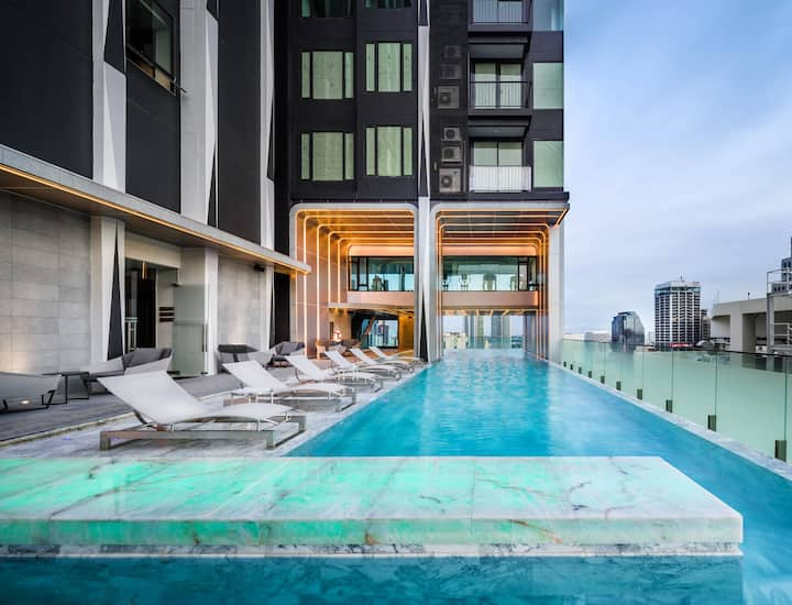 Hi-End Apt in the top of Sukhumvit next to Bts&Mrt