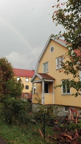 Villalägenhet nära Eriksberg