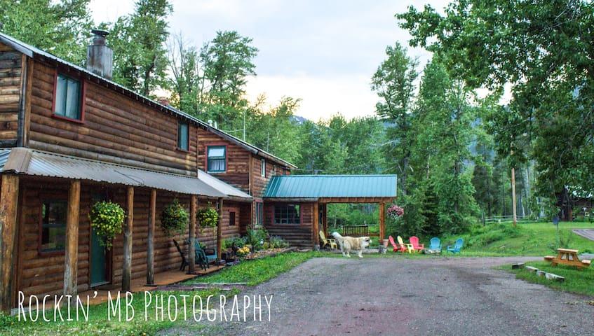 Bear Creek Guest Ranch - GLACIER PARK
