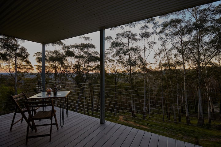TREE TOPS ~ SERENE MOUNTAIN ACCOMMODATION