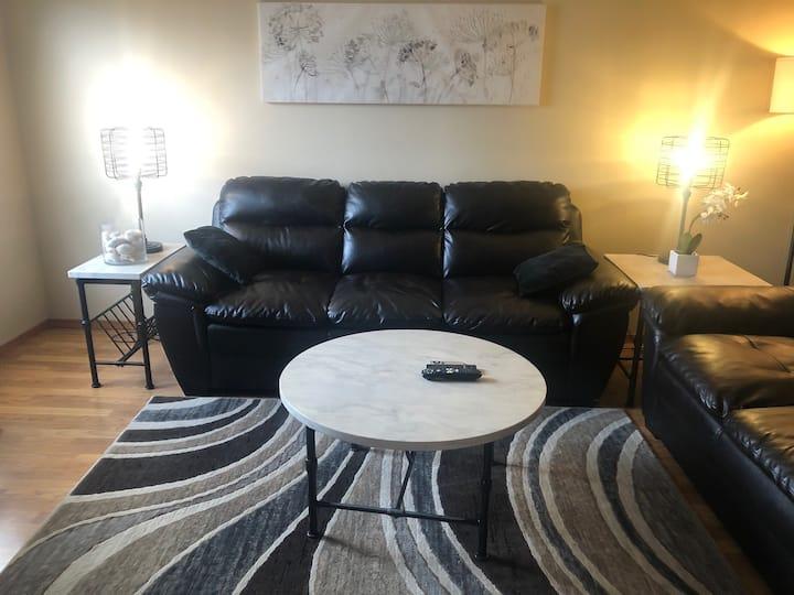2 Bedroom Suite in 4 -Plex In Camrose