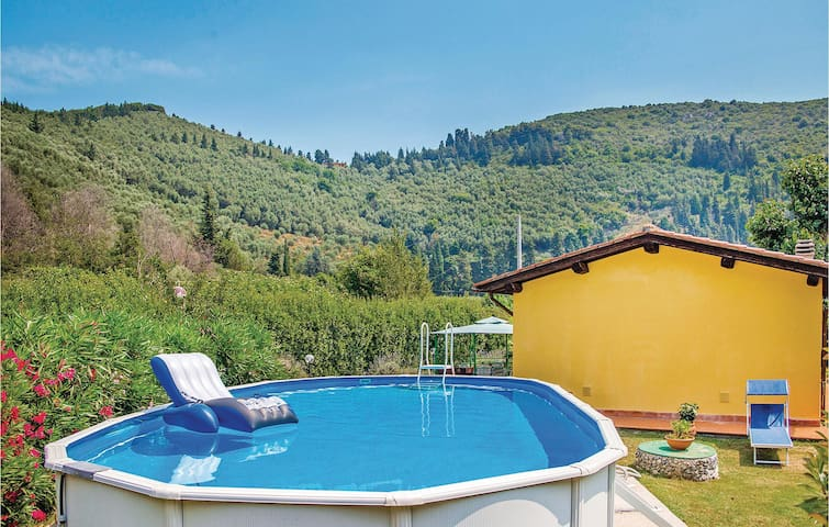 Holiday cottage with 1 room on 75m² in Vecchiano PI