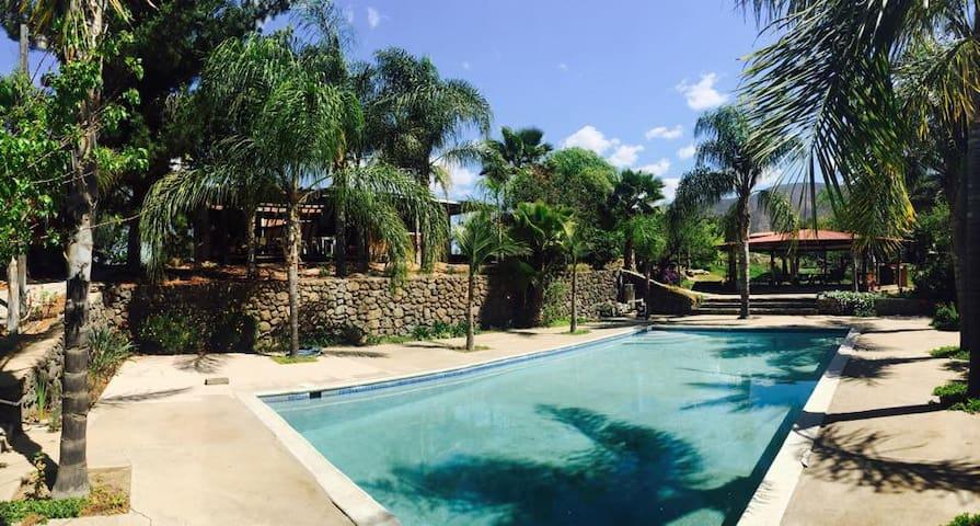 Casa de Campo en ruta del vino - Ensenada - Cabana