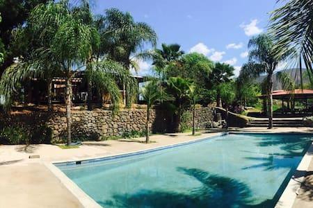 Casa de Campo en ruta del vino - Ensenada - Kabin