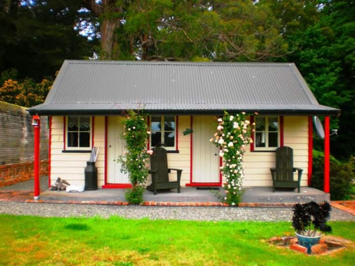 Ica Station Whare (1 Bedroom Cottage)
