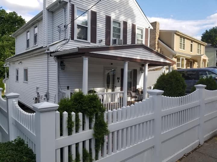 A nice comfort apartment in a quiet neighborhood