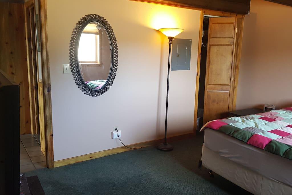 closet lamp TV spacious