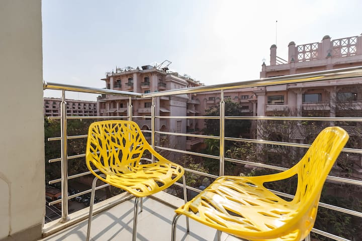 Serviced Apartment in HAL II stage @ 10% off