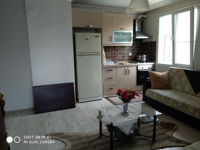 Akçay Altınkum da kiralık eşyalı daire (Phone number hidden by Airbnb)