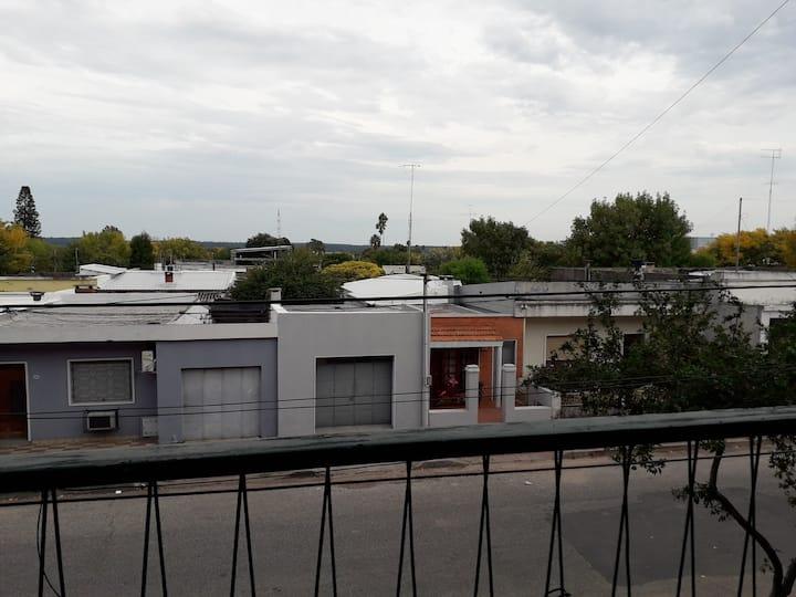 Apartamento/casa muy cerca del centro y del Rio.