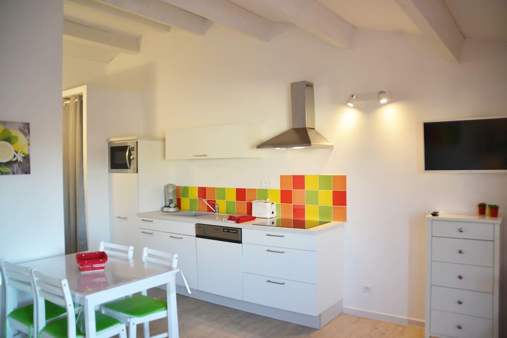 la cuisine et l'espace repas