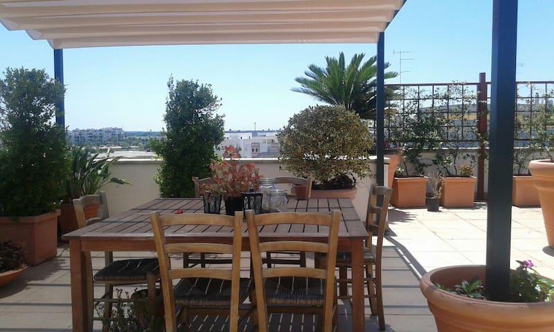 TERRAZZA AD ORIENTE - Lecce - Byt