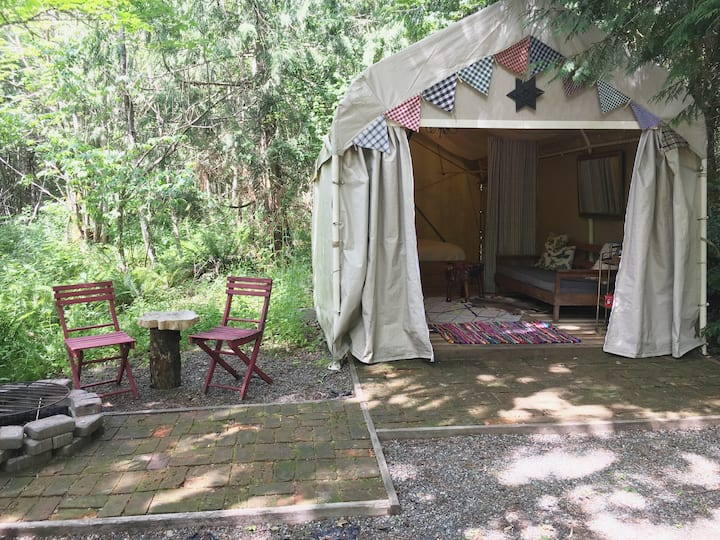 9 Mile Farm Off-grid, Glamping Tent/Cabin