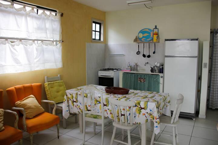 Apartamento Térreo Frente Jardim c/estacionamento - Ubatuba - Apartmen