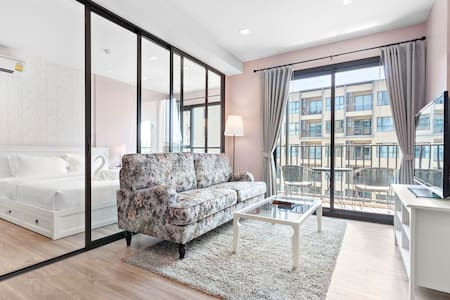 New Noble Rose Hua Hin 2 mins walk to beach