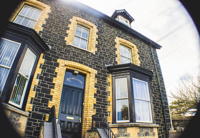 Sea view Bed & Breakfast on the North Wales Coast