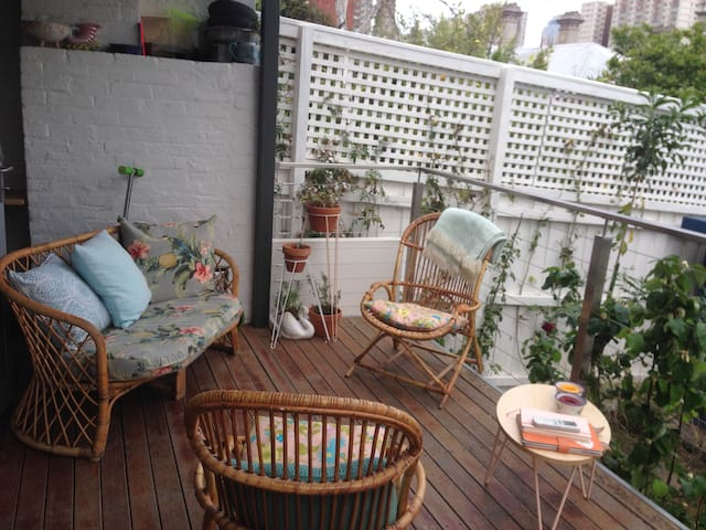 Garden studio - quiet, private - Fitzroy