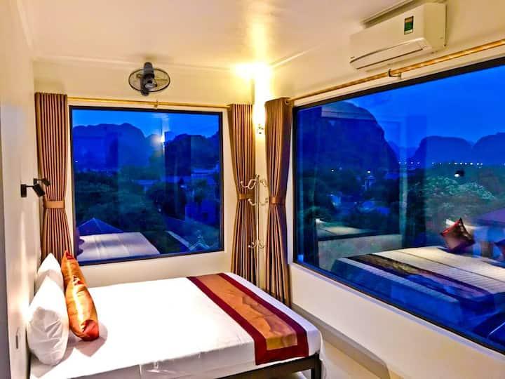 Luxury Homestay King Room 2: Fast WIFI