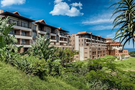 Stylish modern 1 bed aparment in Zimbali Suites