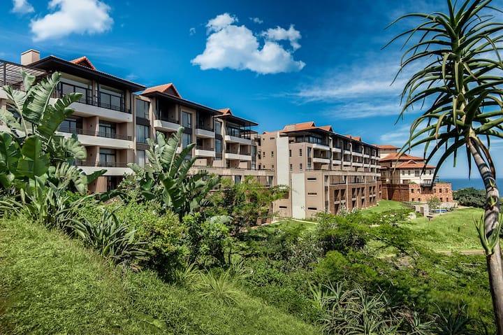 Luxury * Modern * Zimbali Estate * sleeps 2