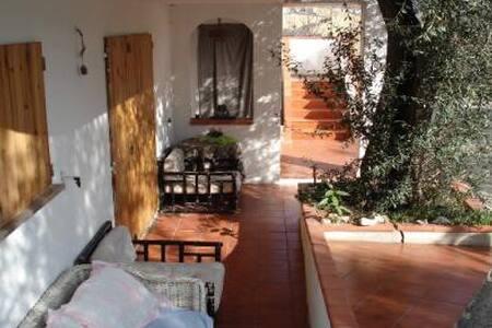 Casa di campagna a Giulianova (TE) - Mosciano Sant'Angelo