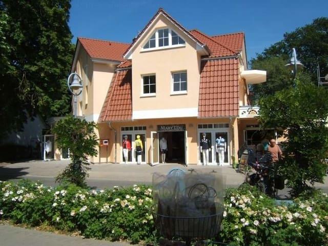 Ferienwohnung/App. für 4 Gäste mit 50m² in Zingst (120960)