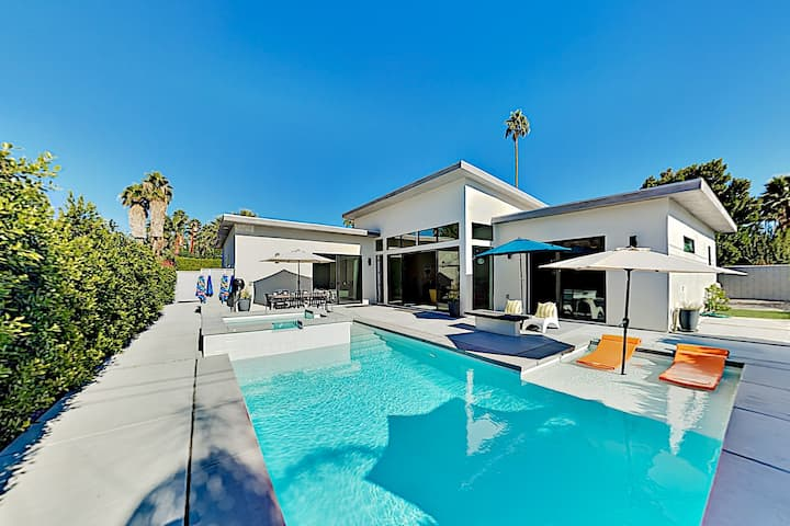 Chic New All-Suite Retreat with Pool & Spa