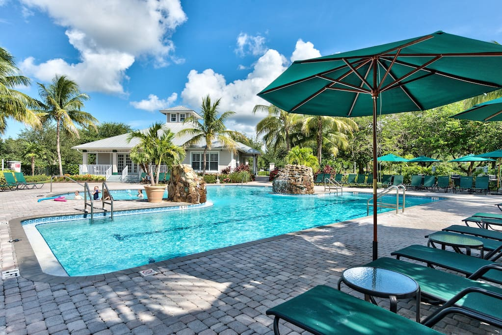 Newly Renovated, Luxury 1st Floor Condo, Golf View - Bologna Golf Condo in the Lely Resort - Naples Florida Vacation Homes