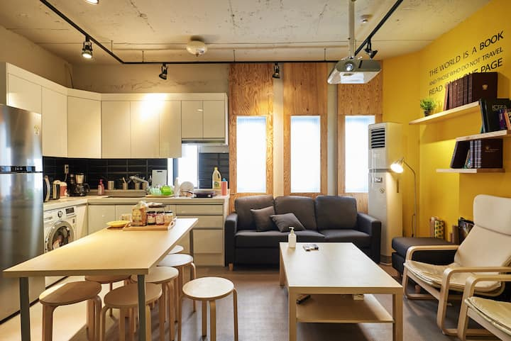 TwinBeds/PrivateBathroom@Dongdaemun