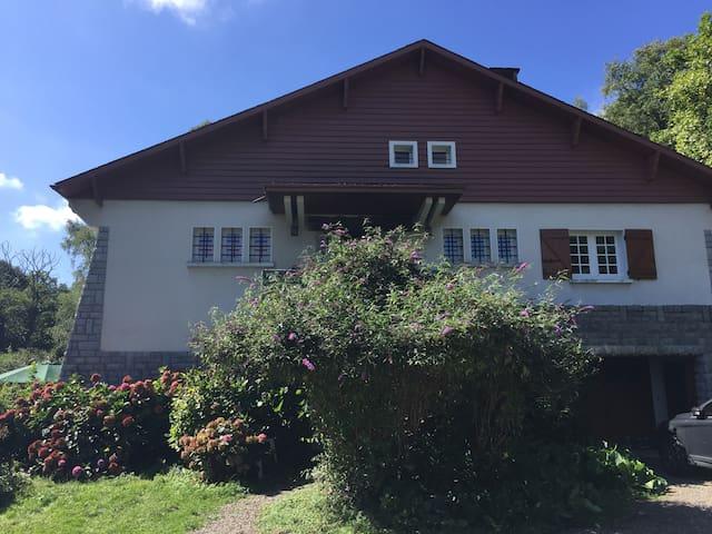 Grande maison confortable à Bagnères