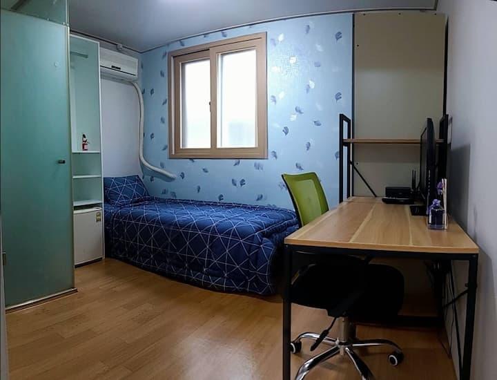 서원대 인근 신축리모델링 최저가 U-Stay Guest House:대형주차장확보
