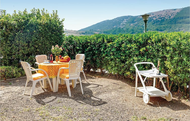 Holiday apartment with 1 bedroom on 55m² in Capaccio (SA)